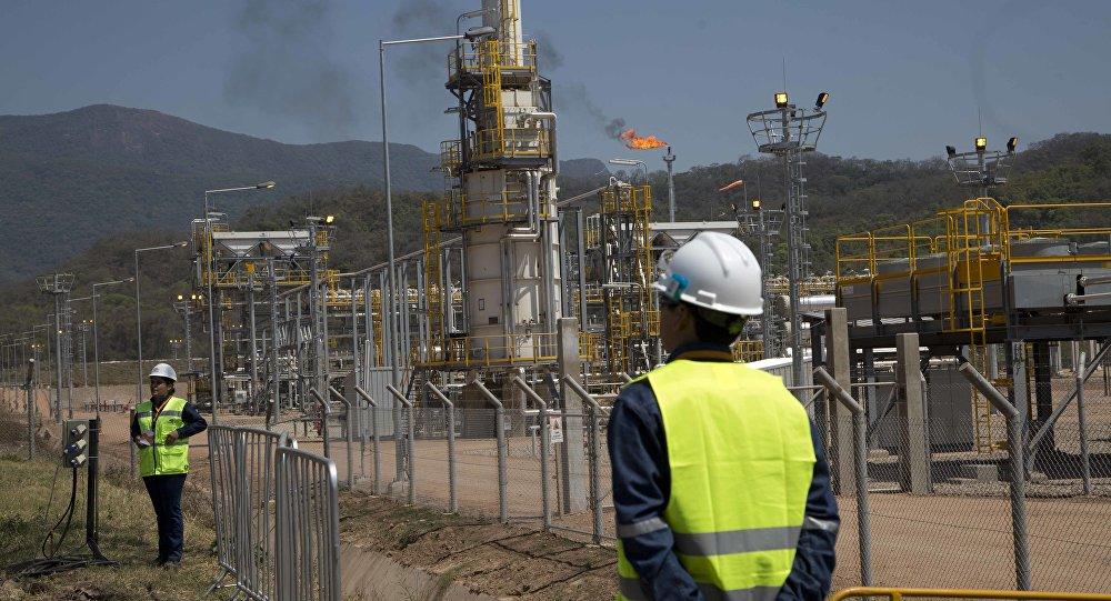 YPFB busca enviar volúmenes de gas 'estables' a Argentina y una comisión técnica negocia nueva adenda al contrato