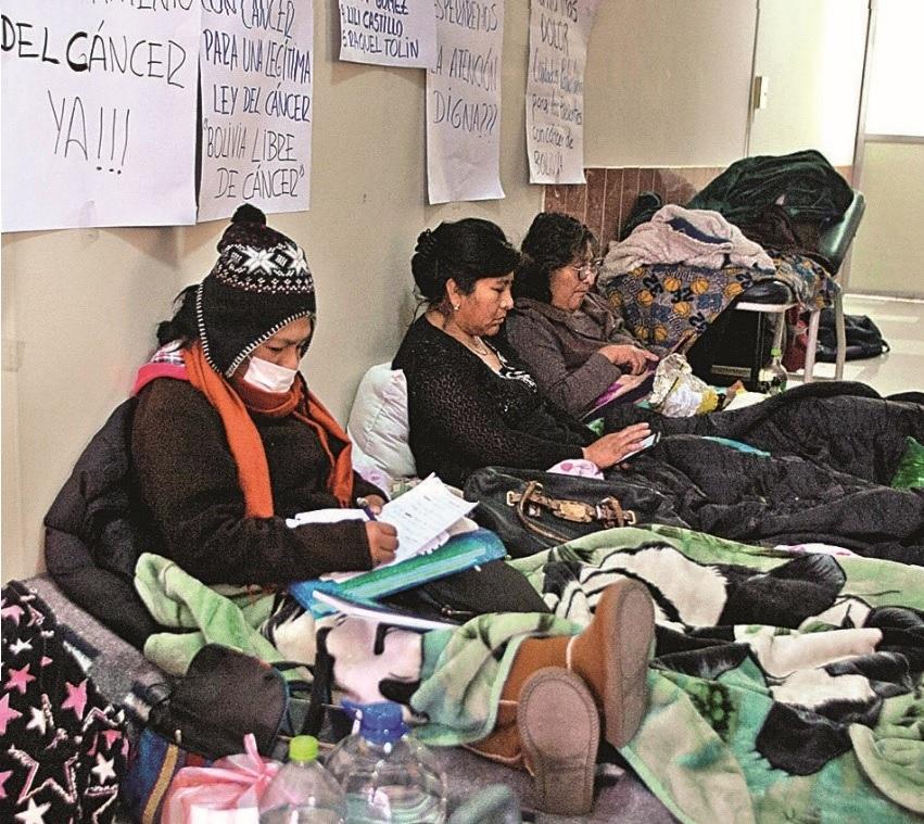 Presidente instruye al ministro de Salud atender urgente a pacientes con cáncer
