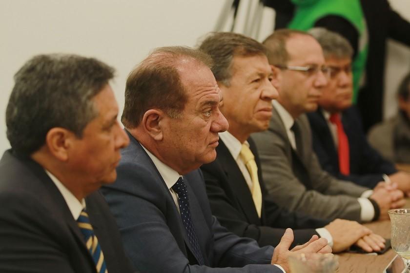 Empresarios piden debate tripartito para definir alza salarial sobre la base de la inflación de 1,47%