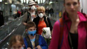 EE.UU. confirma un segundo caso de coronavirus e investiga otros 63 posibles contagios