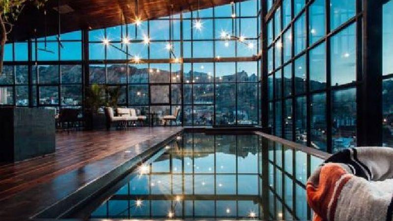 """Hoteleros dan vacación colectiva a sus trabajadores y prevén nuevo """"contrato social"""" poscoronavirus"""
