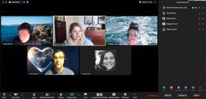 Captura de pantalla de una videollamada a través de Zoom.