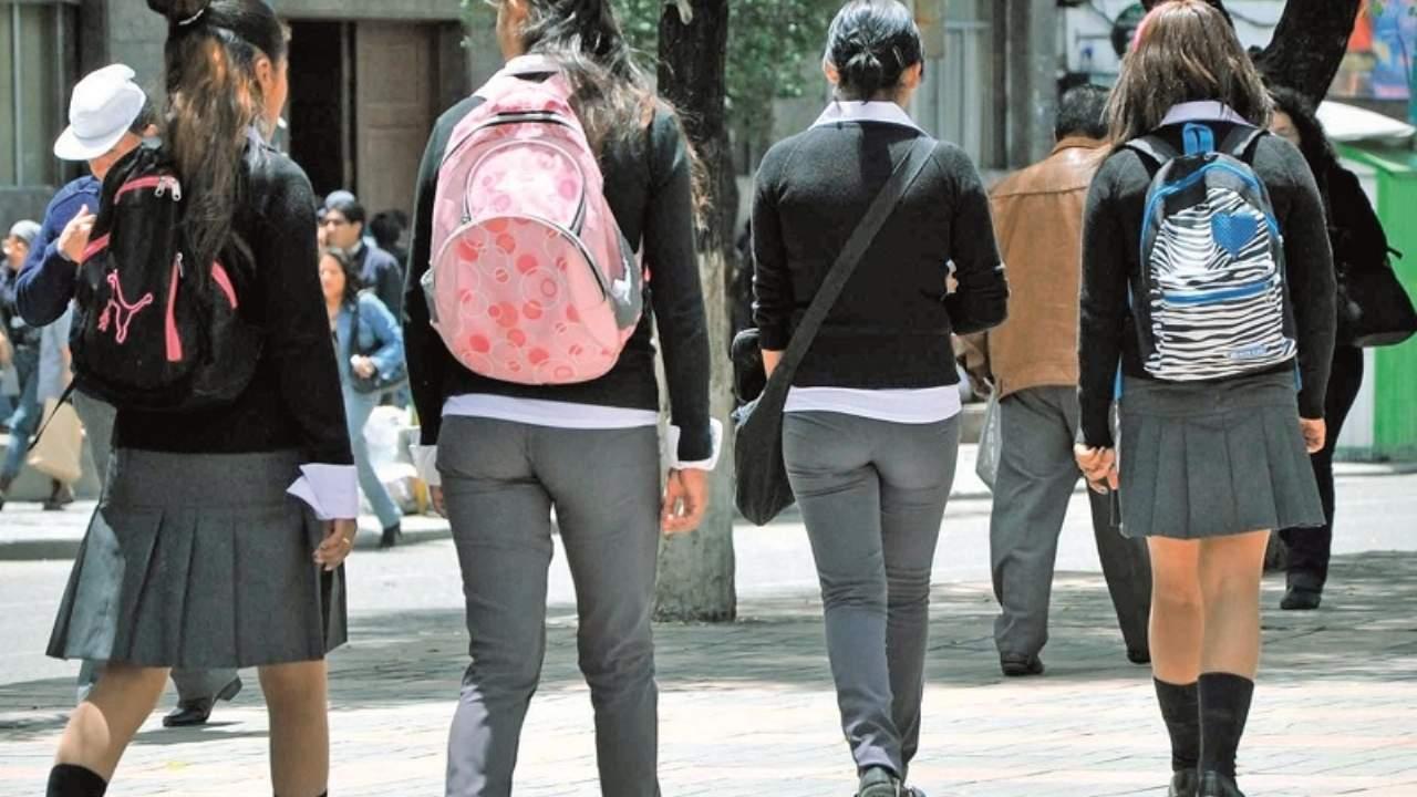 Pensiones escolares se mantienen y el Ministerio de Educación busca una alternativa; descartan retorno a clases