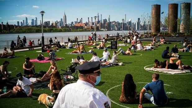 Conozca la iniciativa de Dominio Park en Nueva York para que los visitantes respeten el distanciamiento