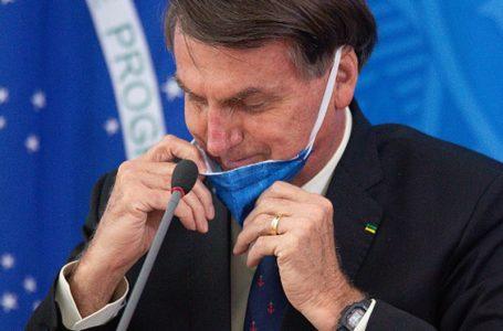 """Bolsonaro tras el récord de muertes diarias por Covid-19 en Brasil: """"Es el destino de todo el mundo"""""""