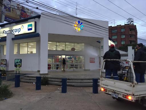Autoridades clausuran  farmacias en operativos en la ciudad