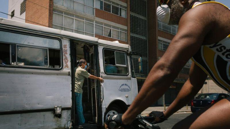 América Latina supera las 90.000 muertes por coronavirus y casi 2 millones de contagios