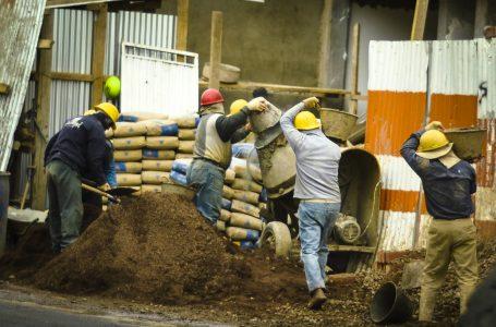 Constructores se declara en emergencia por deudas estatales