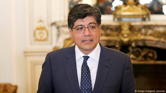Canciller de Ecuador renuncia dos días después de vicepresidente