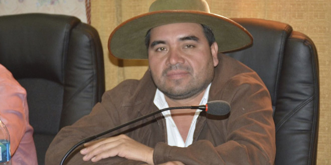 Gobernador de Chuquisaca positivo a covid- 19 trabajará desde el aislamiento