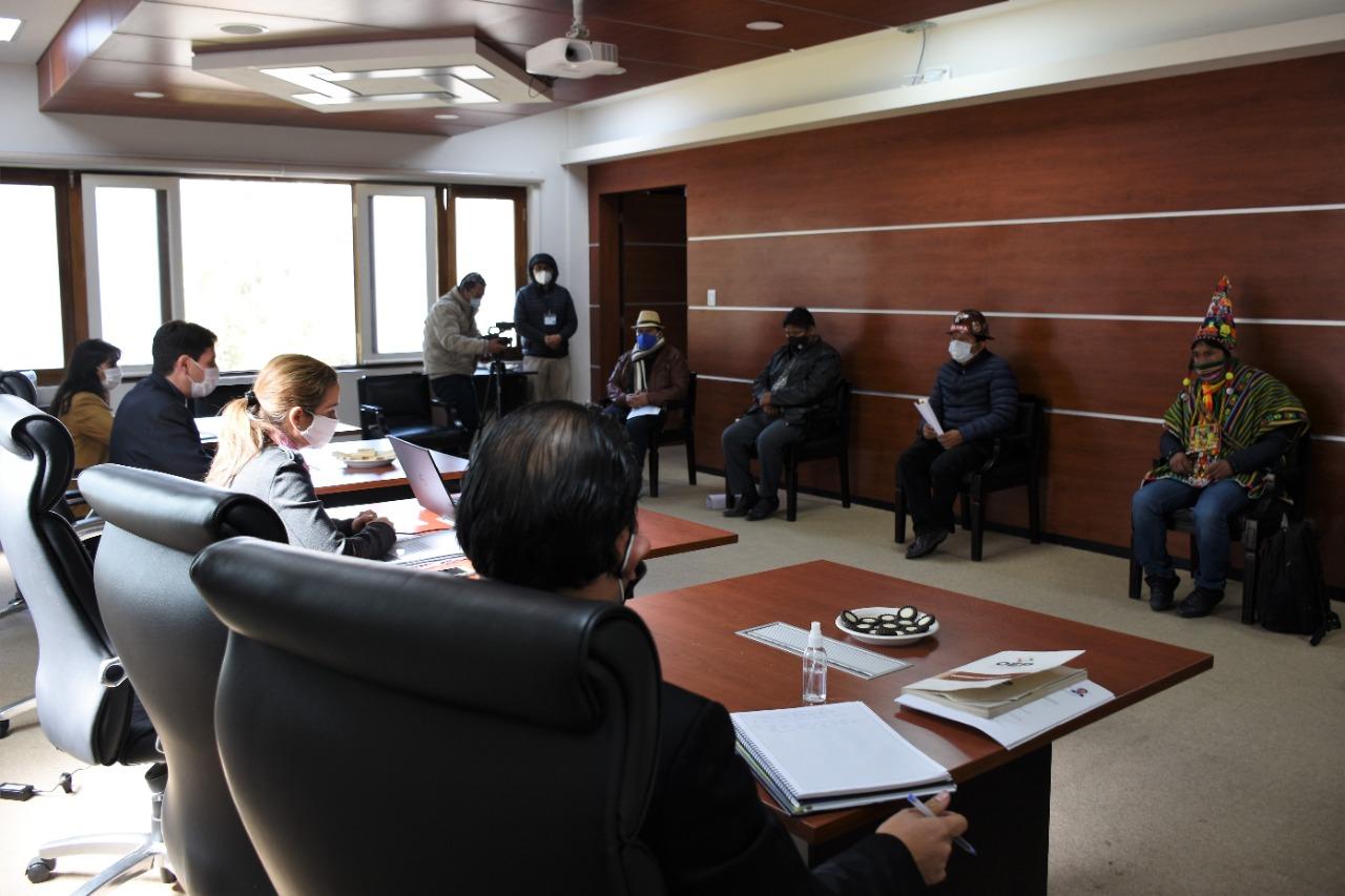 Reunión del TSE con sectores sociales no frena movilizaciones anunciadas por la COB