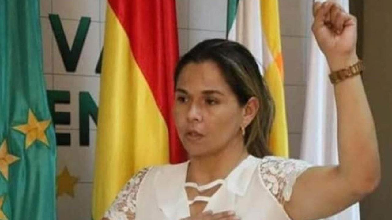 Yáscara Moreno asume Gobernación del Beni en lugar de Fanor Amapo