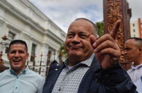"""Líder chavista Diosdado Cabello dice que recibió """"alta médica"""" tras COVID-19"""