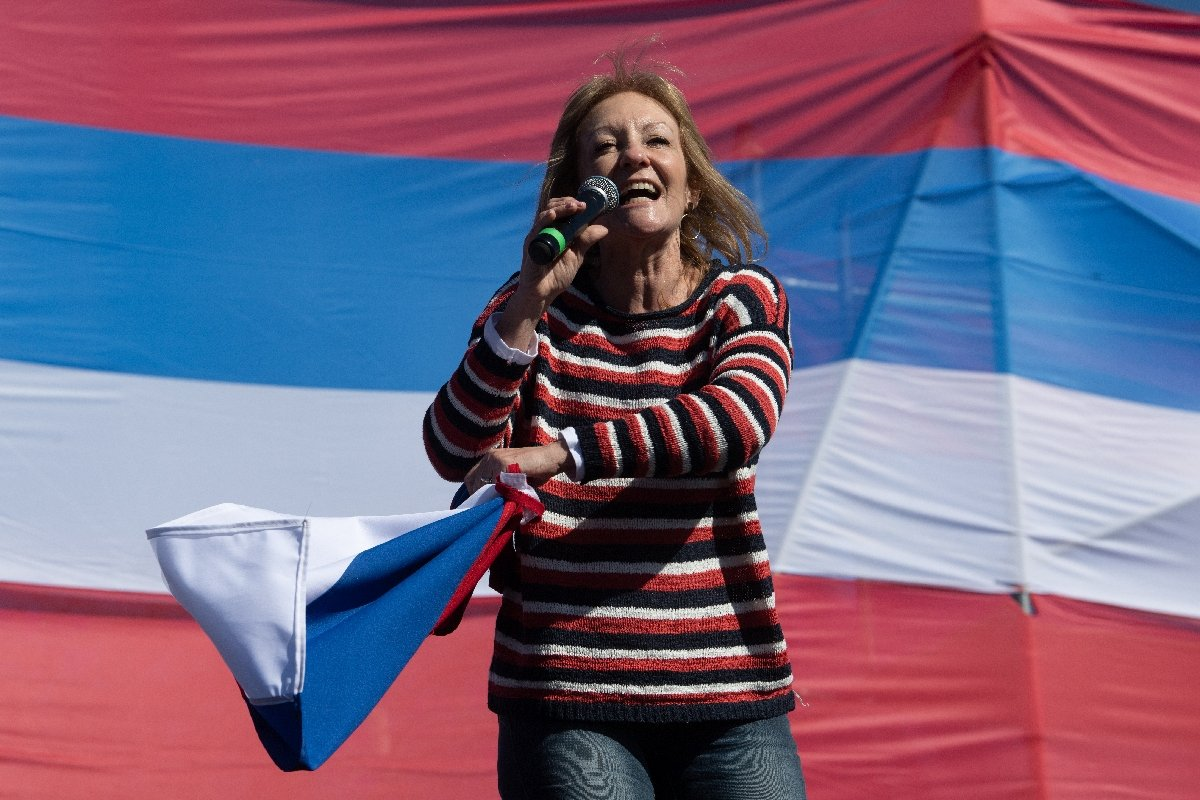 Uruguay celebra elecciones con tapabocas, distanciamiento y alcohol en gel