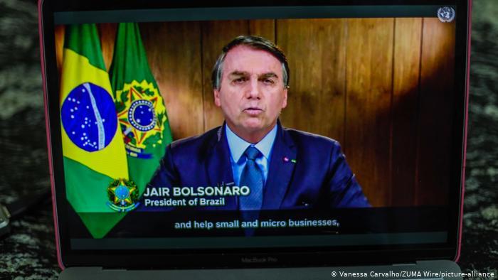 """Bolsonaro denuncia """"campaña de desinformación"""" sobre Amazonia y el Pantanal"""
