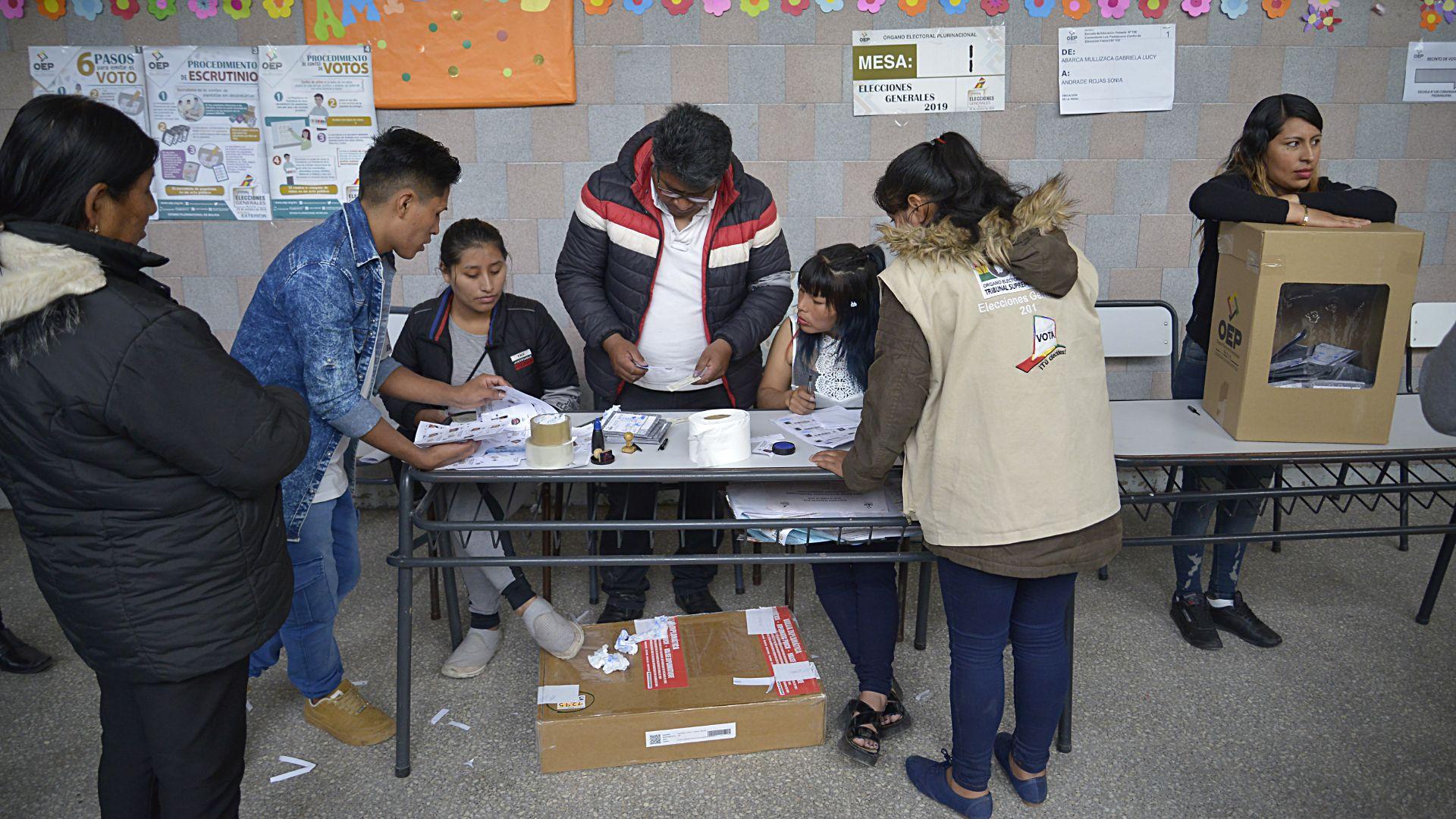 EEUU y Argentina aún no autorizaron elecciones bolivianas en sus territorios