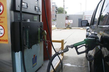 YPFB reporta que hay 'absoluta normalidad' en el suministro de carburantes en La Paz