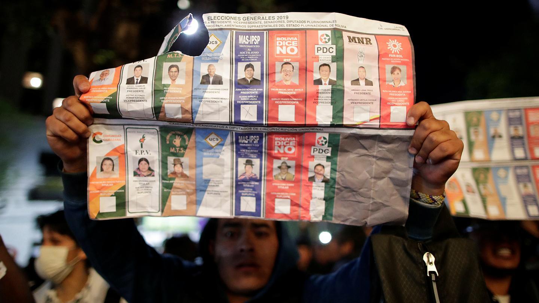 """Exprocurador revela que mexicanos """"fraguaron y acompañaron el fraude electoral"""" de 2019"""
