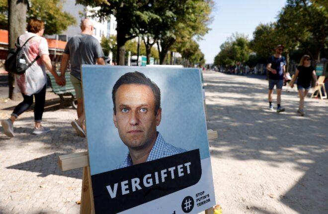 La UE sanciona a seis colaboradores cercanos a Putin por el envenenamiento del opositor ruso Navalni