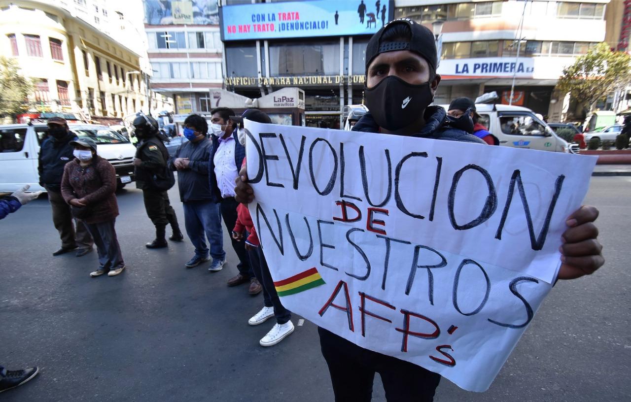 """Orozco: """"No aceptamos la devolución del 10% en la devolución de aportes"""""""