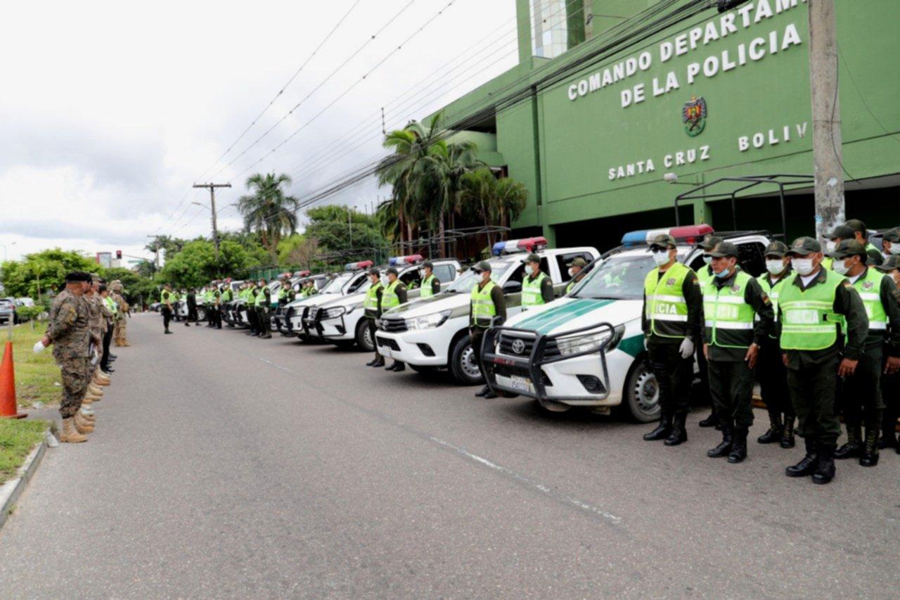 Policía cruceña desplegará 5.000 efectivos en el 'plan de guerra' contra el Covid-19