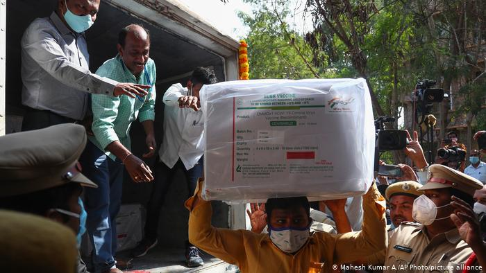India inicia una de las mayores campañas de vacunación del planeta
