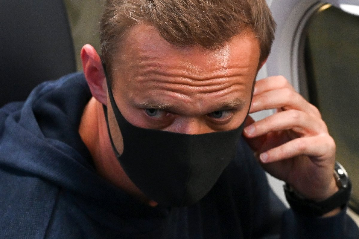 """Opositor ruso Navalni denuncia """"parodia de justicia"""" ante tribunal que decide sobre su detención"""