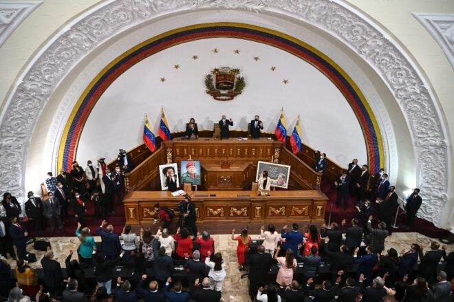 Nuevo Parlamento chavista de Venezuela anuncia investigación contra Guaidó y aliados