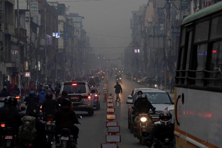La exposición a la contaminación del aire aumenta en un 15% las muertes por COVID-19