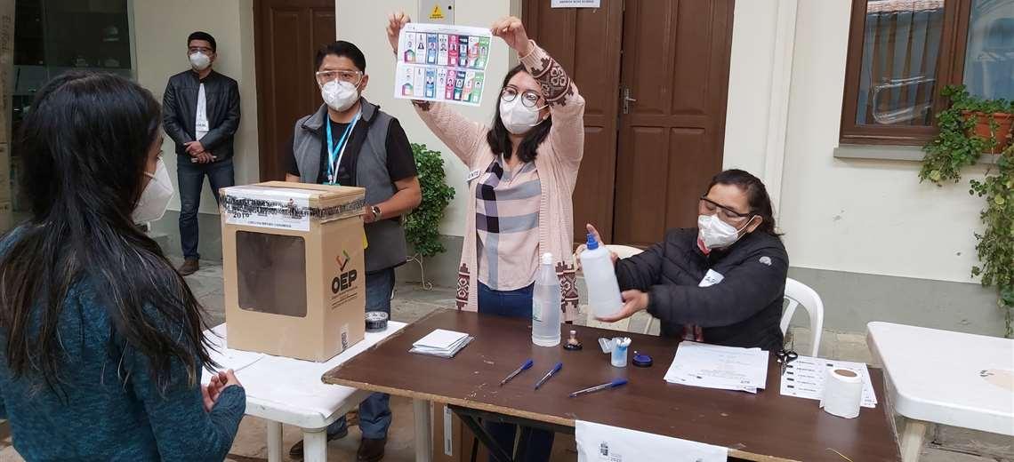 Bancada del MAS aguarda informe epidemiológico para definir si apoyará pedido de postergación de elecciones