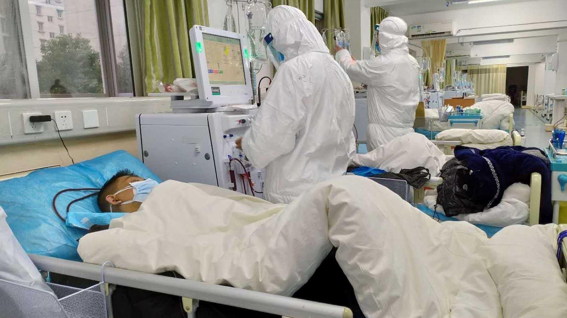 Médicos intensivistas se declaran en emergencia y piden reunión de urgencia con el Gobierno