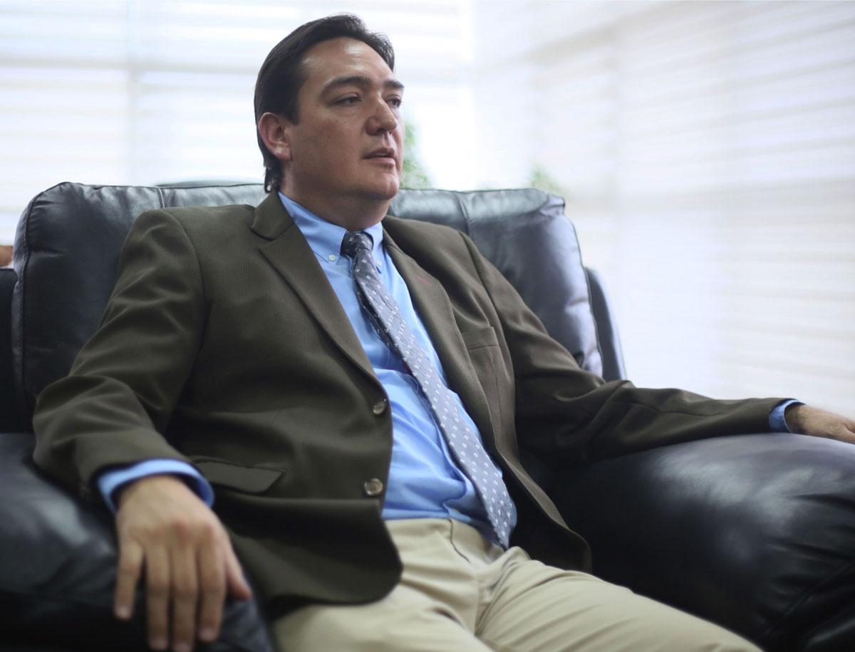Candidato a la Gobernación de Santa Cruz declina su candidatura por rebrote del Covid-19