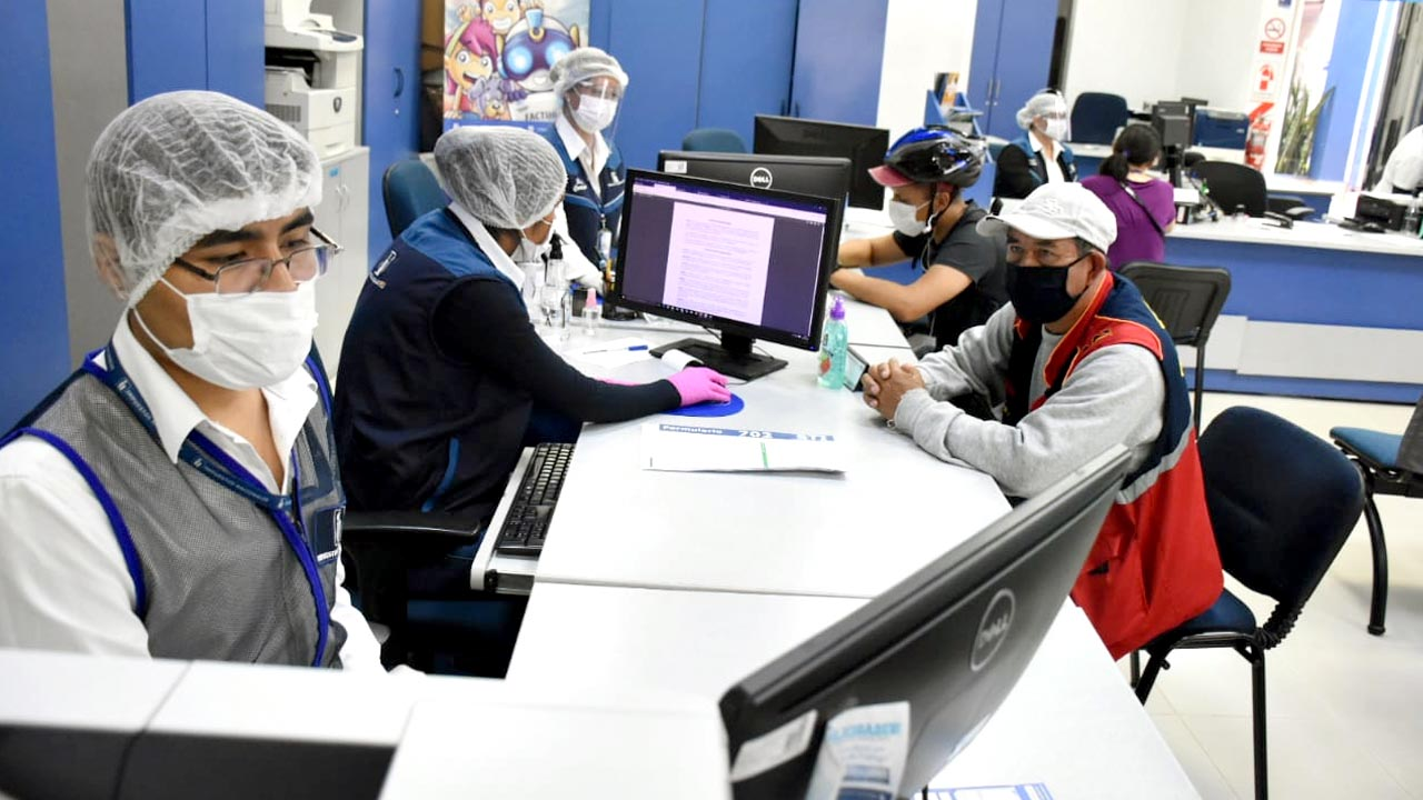 SIN prevé desembolsar Bs 992 mil a primeros beneficiarios del reintegro del IVA