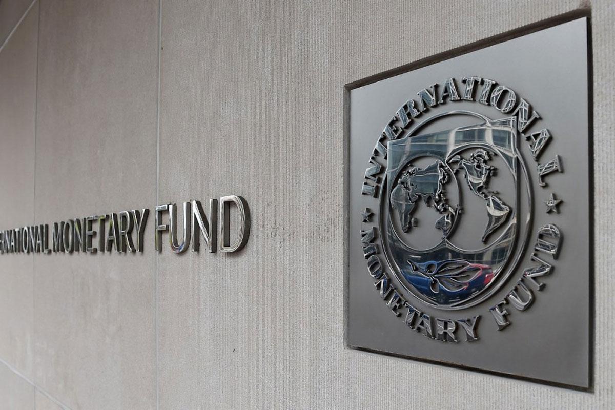 Oposición y el MAS se echan culpas por el FMI