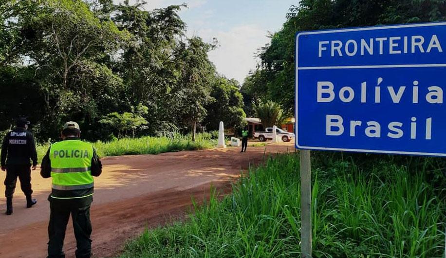 Amplían por siete días más el cierre de fronteras con Brasil