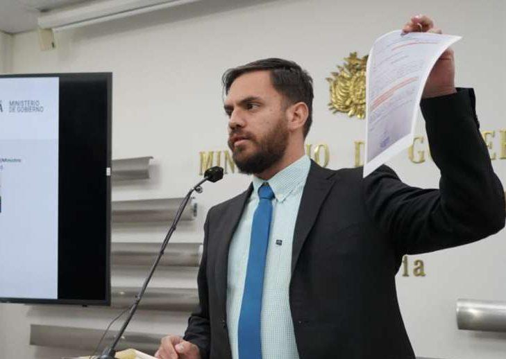 El ministro de Gobierno será interpelado hoy por la detención de la expresidenta Áñez