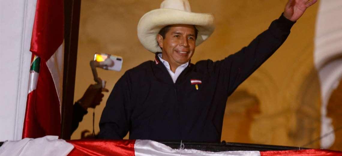 Rondas campesinas, las patrullas comunitarias de Perú que integra Castillo