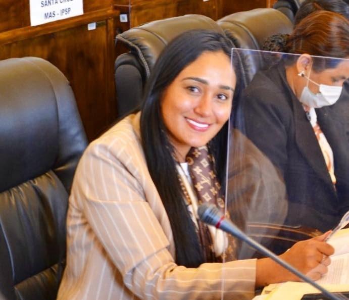 Corina Ferreira asume la jefatura de bancada de CC en el Senado